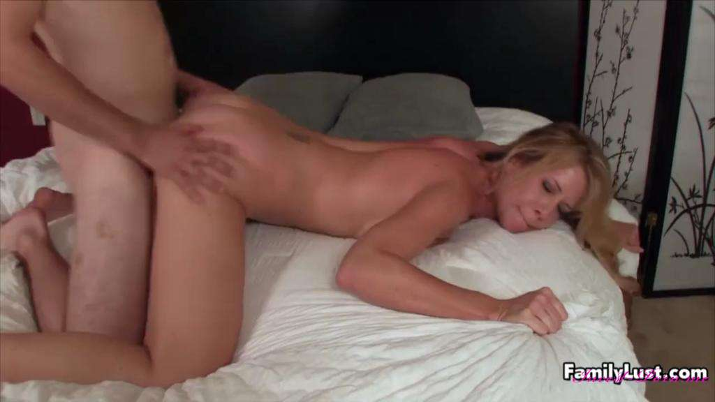 Desi Dalton in Mom's Attitude Adjustment