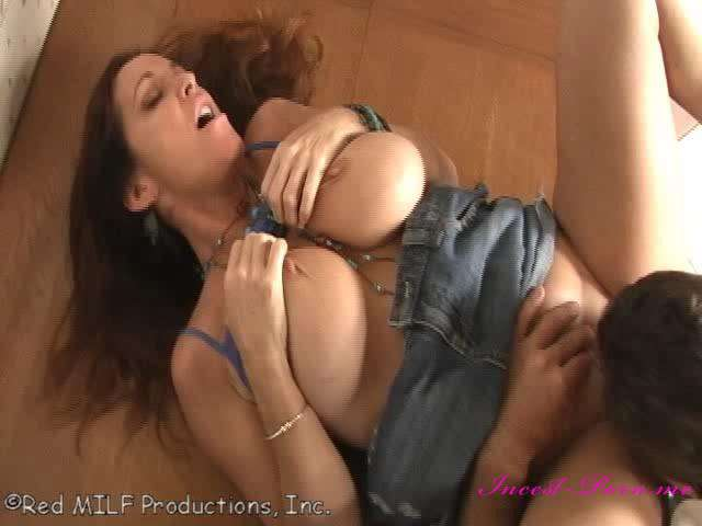 milf mom and son sex