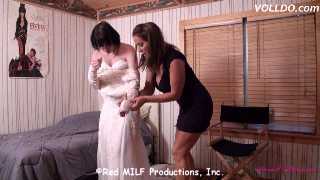 Rachel Steele-Wicked Mother Sells Daughter-MILF 937