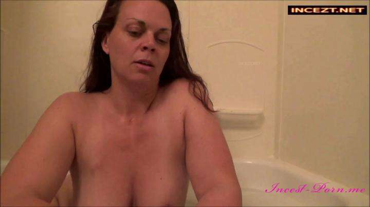real incest porn Diane Andrews-Mom's Tipsy Bath-Manyvids