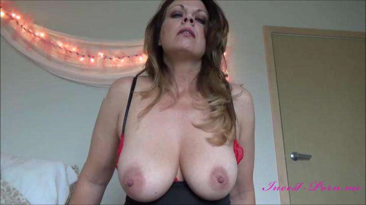 Diane Andrews-Your Birthday Present-Manyvids