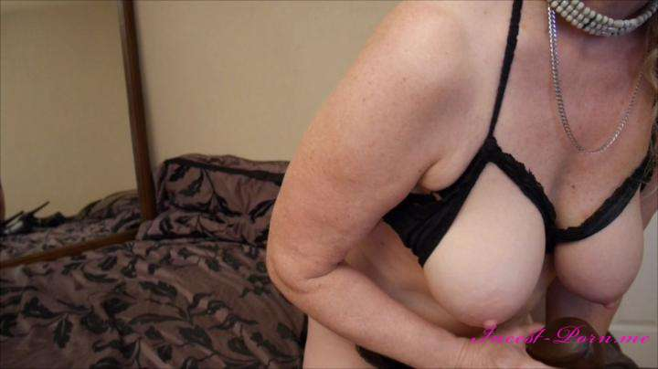 Gartersex-Cuckold size queen bbc fuck whore-manyvids