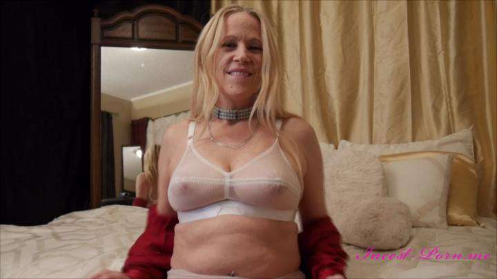 Gartersex-Mommy cum in panties amp gives them to you-manyvids