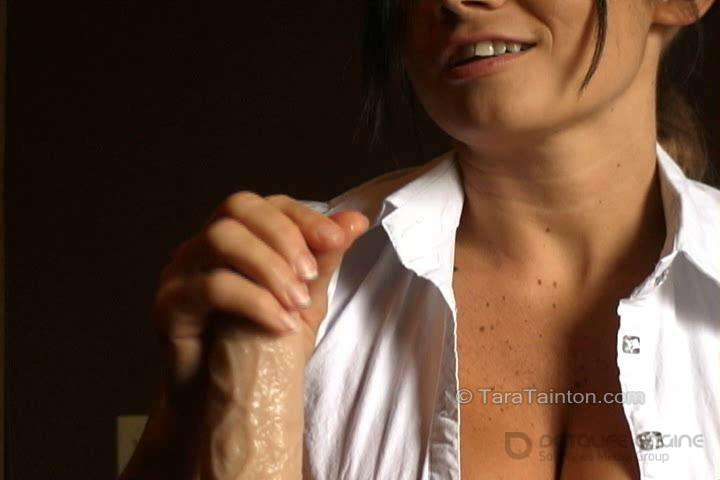 Tara Tainton-Your StepMom Wakes You Up to Give You Your First HandJob-clips4sale