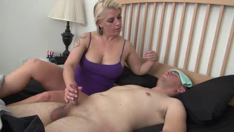 A Taboo Fantasy-motherly masturbation-Manyvids