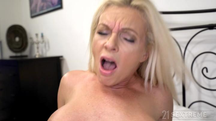 Adulttime-My Step Moms a Cam Girl